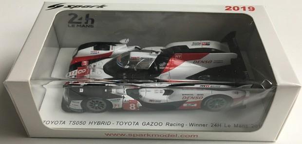 Toyota Ts050 #8 Winner Le Mans 2019 Buemi Nakajima Alonso SPARK 1:43 43LM19